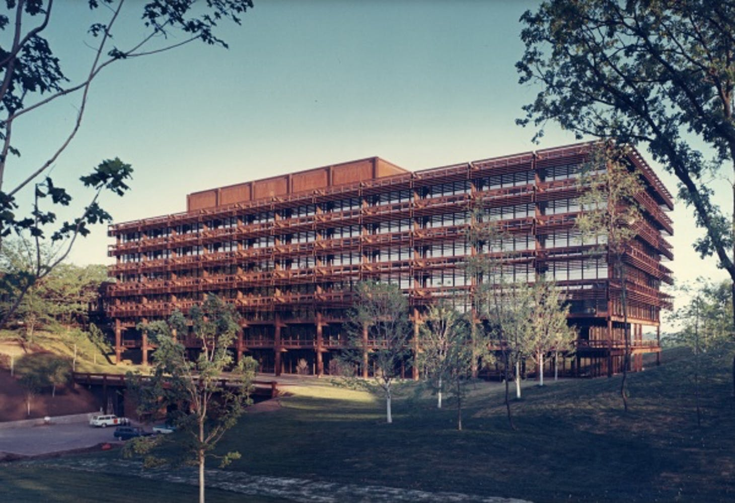 Eero Saarinen, Deere and Company Administrative Center, Moline, Illinois, circa 1963
