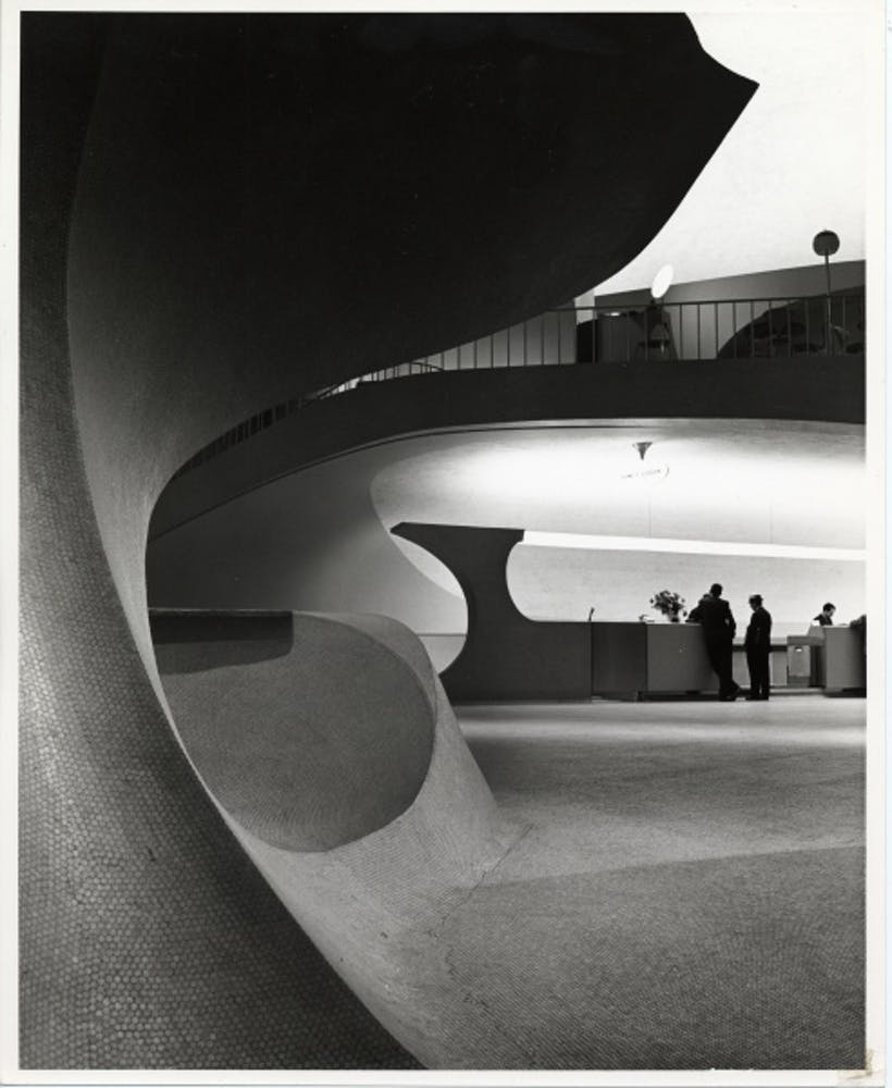 Eero Saarinen, TWA Terminal, New York International (now John F. Kennedy International) Airport, New York, circa 1962