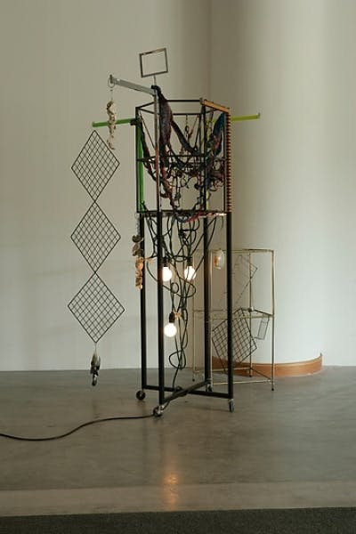 Haegue Yang, Hippie Dippie Oxnard, 2008