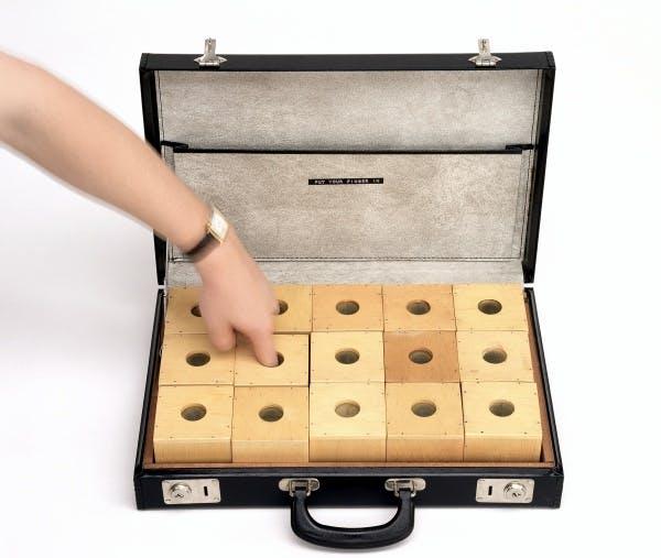 Ay-O, Finger Box Set (No. 26), 1964