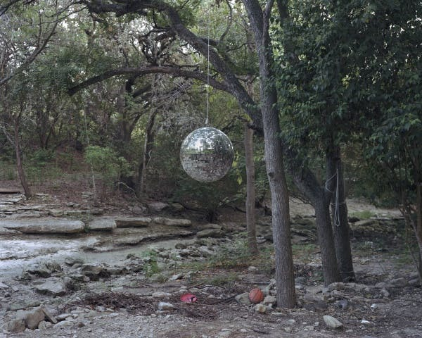 Alec Soth, Enchanted Forest (36), Texas, 2006