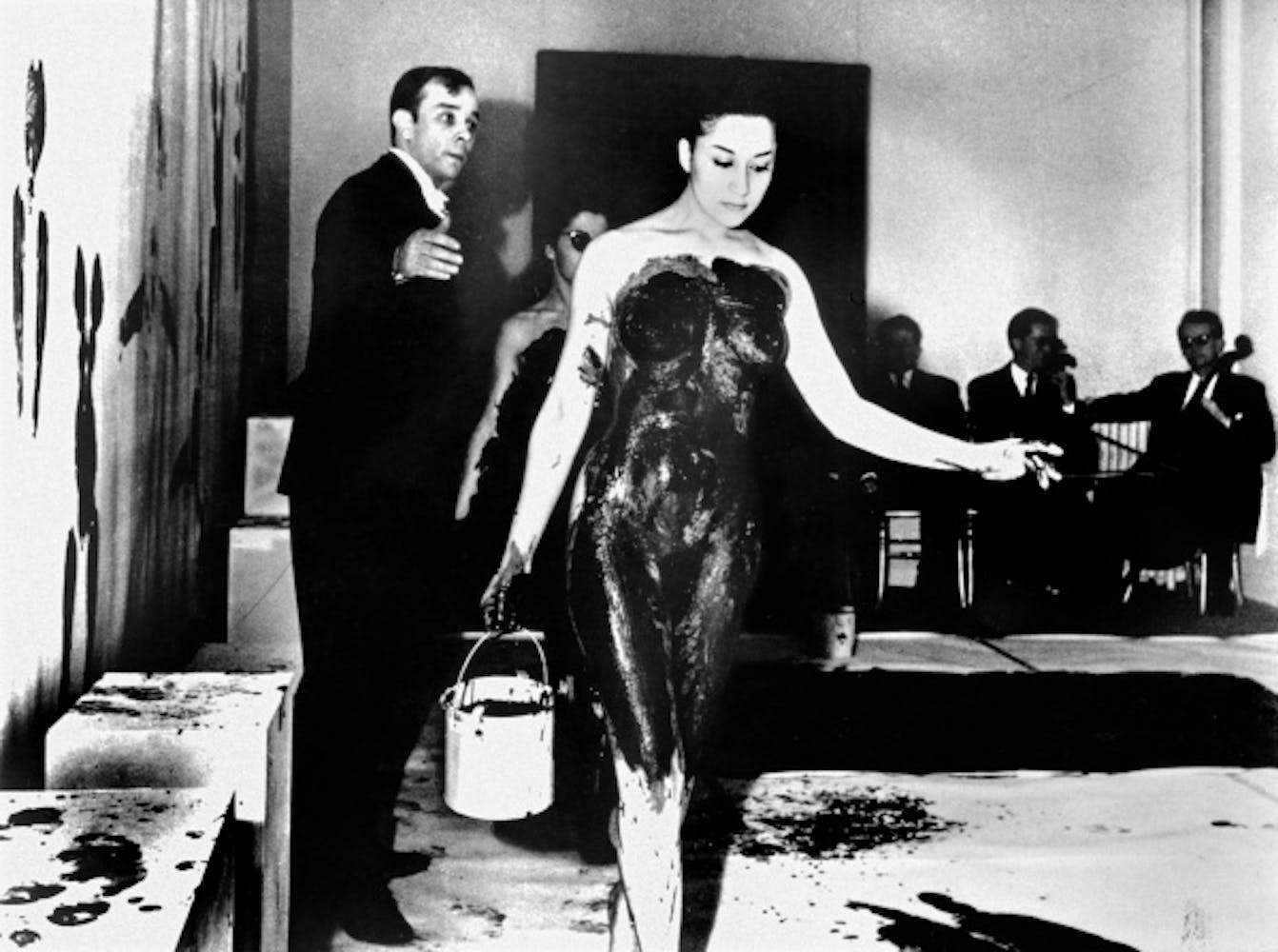 Yves Klein, Yves Klein and a model during an Anthropometry performance at the Galerie internationale d'art contemporain, March 9, 1960, 1960