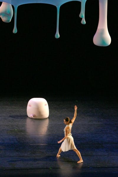 Merce Cunningham Dance Company performing Views on Stage (2004)