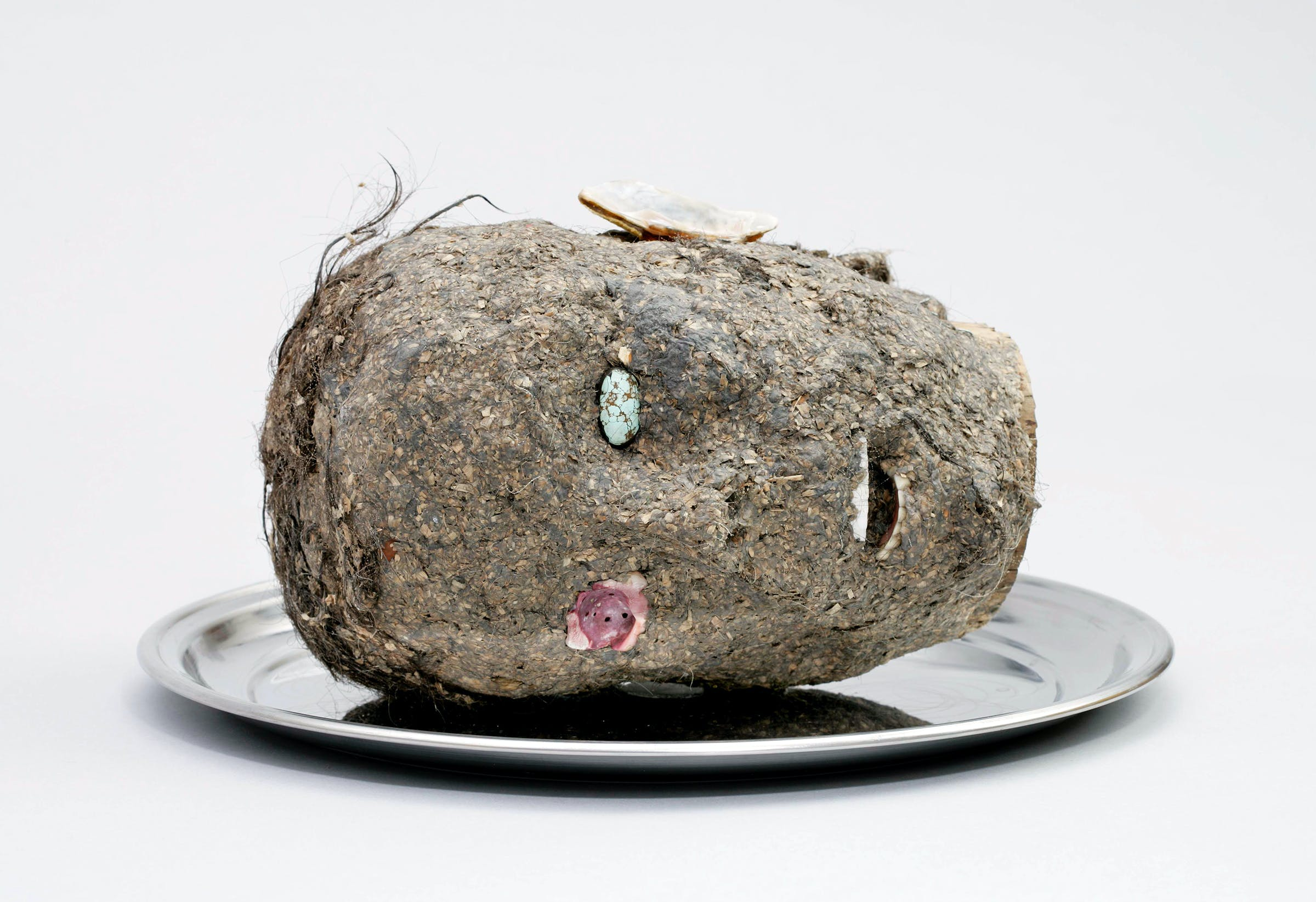 Jimmie Durham, Head, 2006 (Fondazione Morra Greco, Naples, Italy; Image courtesy kurimanzutto, Mexico City)