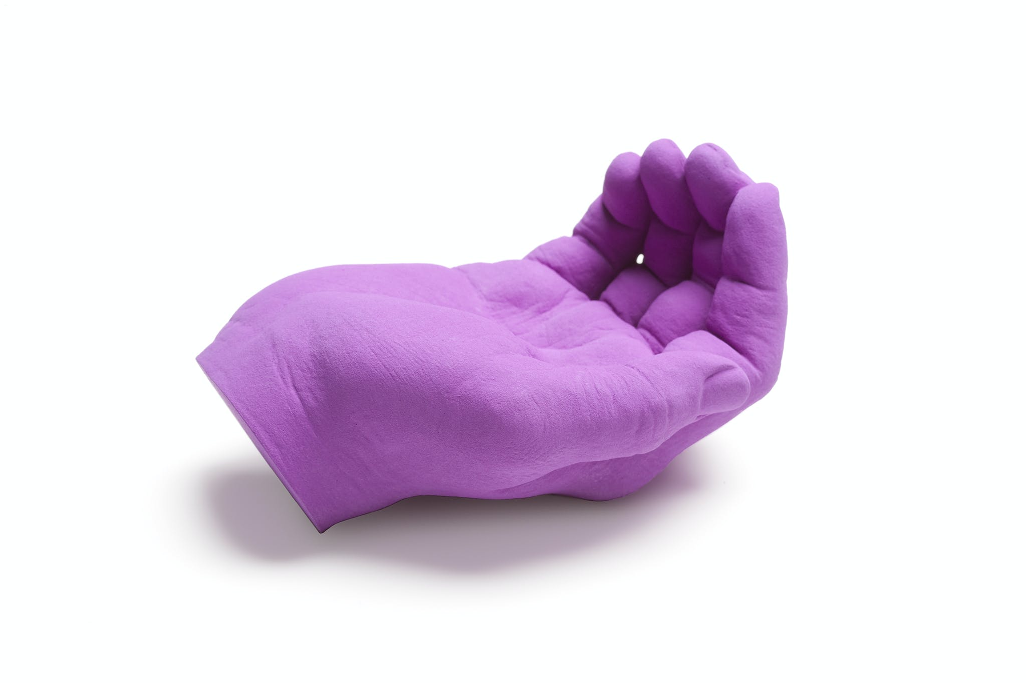 purple hand sculpture, Katharina Fritsch