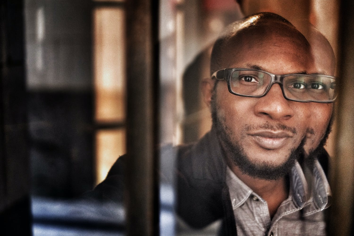 Teju Cole head shot.