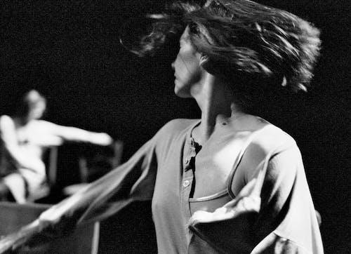 Anne Teresa de Keersmaeker, Rosas danst Rosas, performance in 2009. Photo: © Herman Sorgeloos
