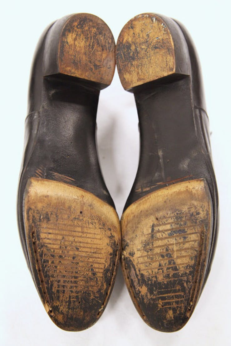 Merce's oxfords for Antic Meet (1958)