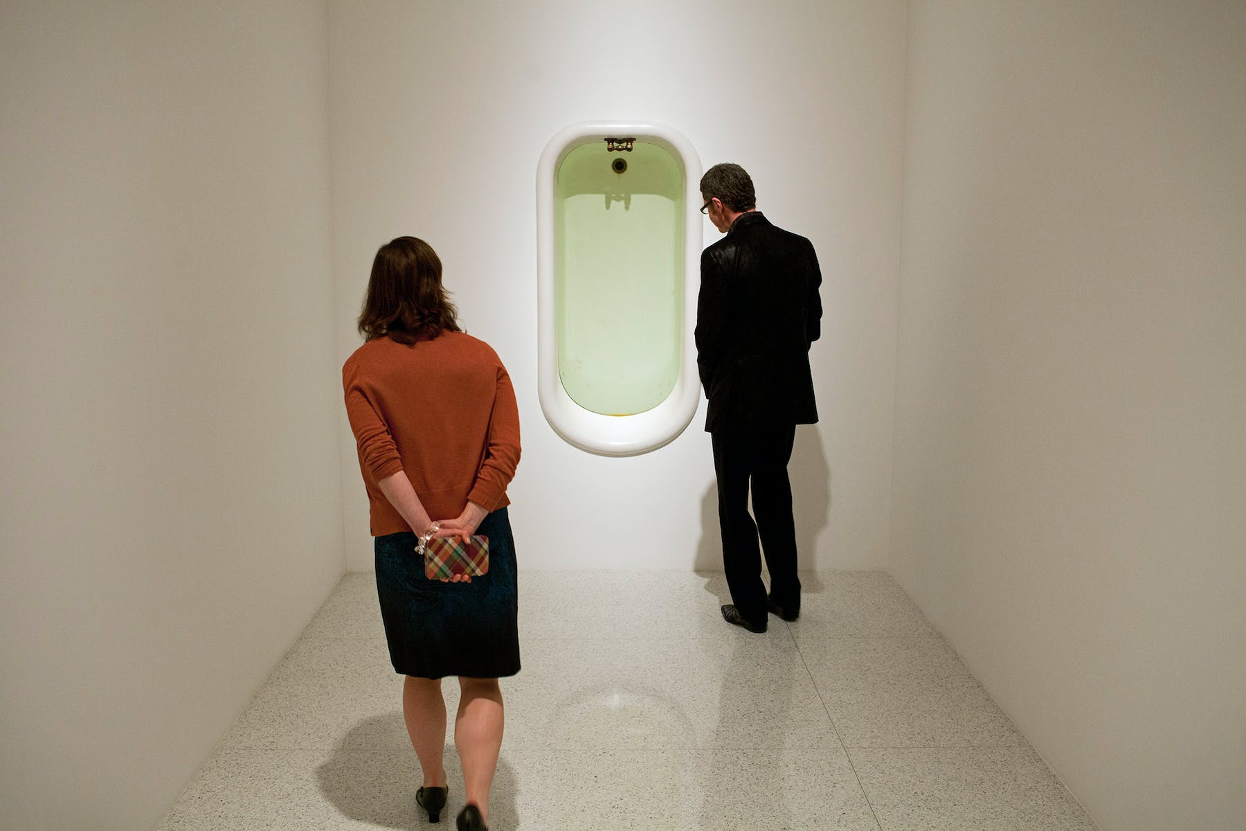 In the exhibition Lifelike, works based on everyday objects invoked a dreamlike world, such as Charles Ray's Bath (1989)—a liquid-filled sculpture embedded in the wall that elicits a feeling of hovering above it.