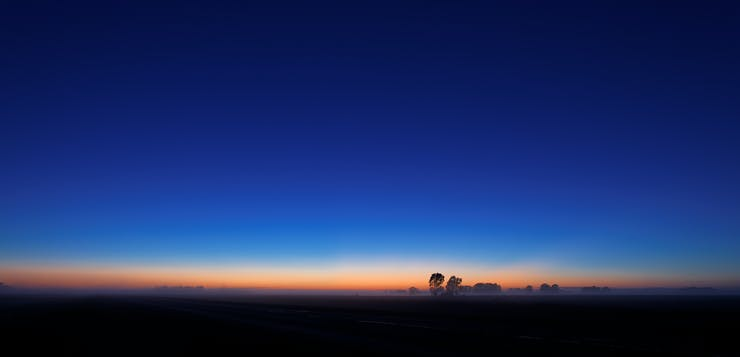 Gradient -- blue hour -- sky coloration