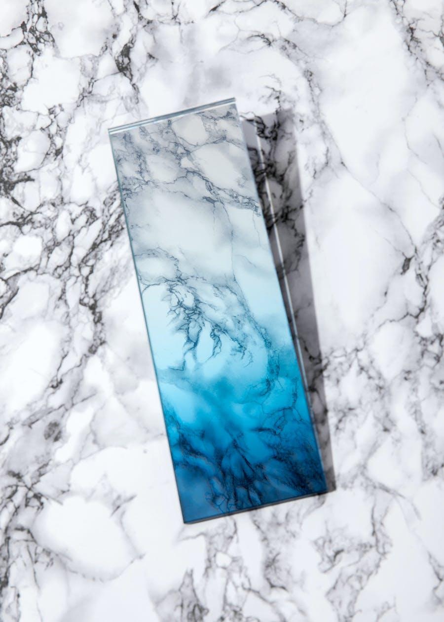 Gradient -- Germans Ermičs -- gradient glass